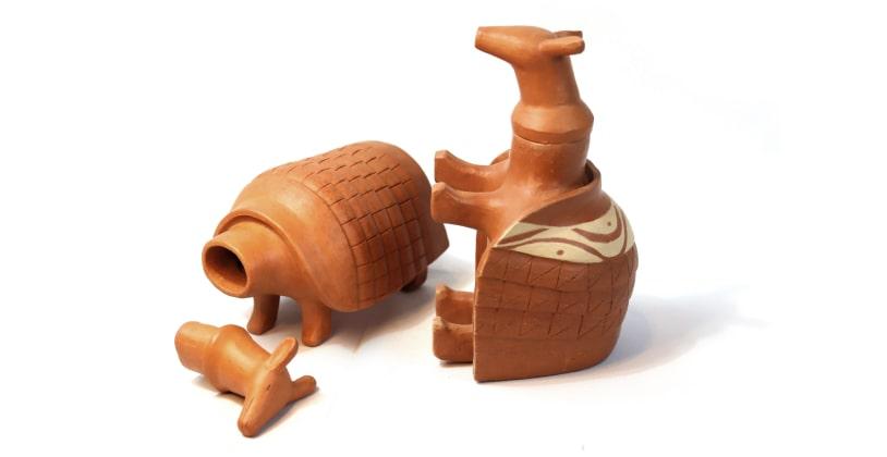 Produto: Moringas – Tatu / Artesão: Ney / Material: argila