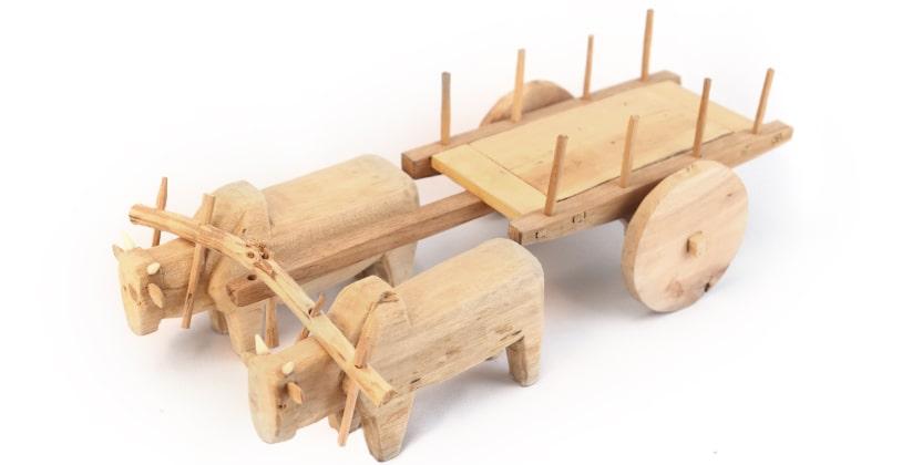 Produto: Carro de Boi / Artesão: Dalú / Material: Madeira
